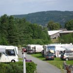 Mineralparken Camping på Evje er en familievennlig og oversiktlig campingplass