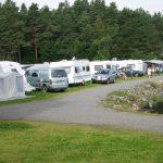 Mineralparken Camping ligger ned mot elven Otra med gode fiskemuligheter og kanoutleie og båtutleie.