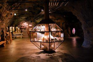 Det første monteret man møter i utstillingen i tunnelen på Mineralparken på Evje
