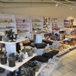Mengder av gaveartikler i Rock Shop på Mineralparken på Evje